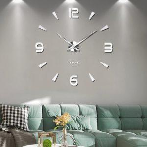 Reloj Urr plateado