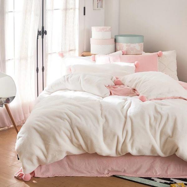Edredon o Duvet blanco / rosado pompones Ebani