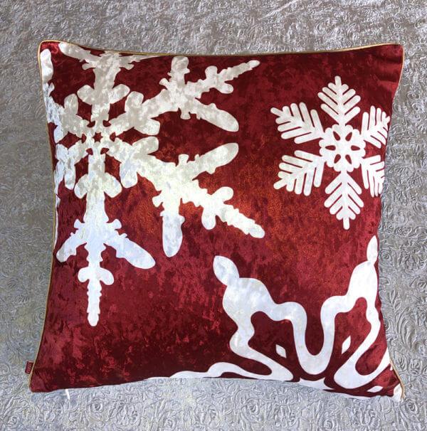 Cojin Snowflakes Red Velvet