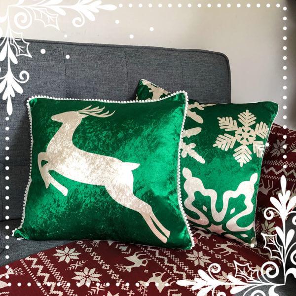 Cojin Soft Reindeer Green Velvet