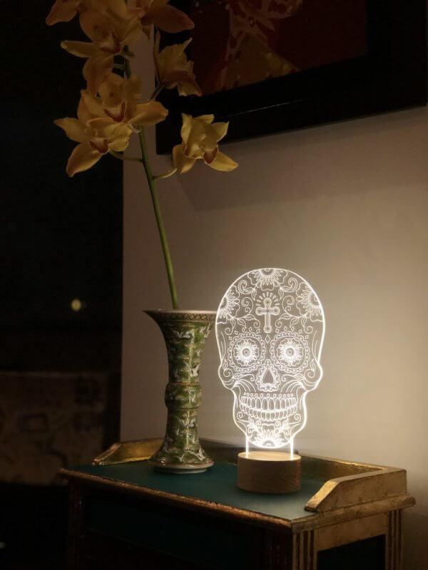 Lámpara LED Catrina