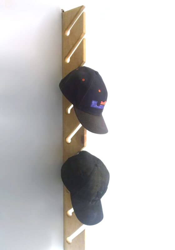 Perchero Gorras