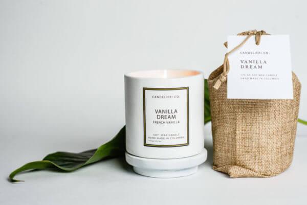 Vela Aromática Vanilla Dream white ceramic candle