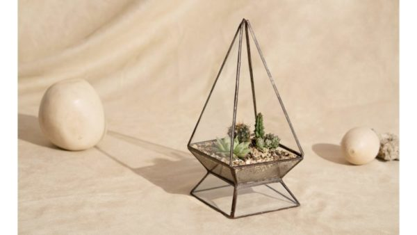 Terrario o matera piramidal Amide