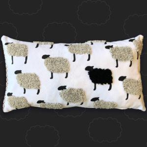 oveja negra cojin artesanal boho ebani cojines decorativos
