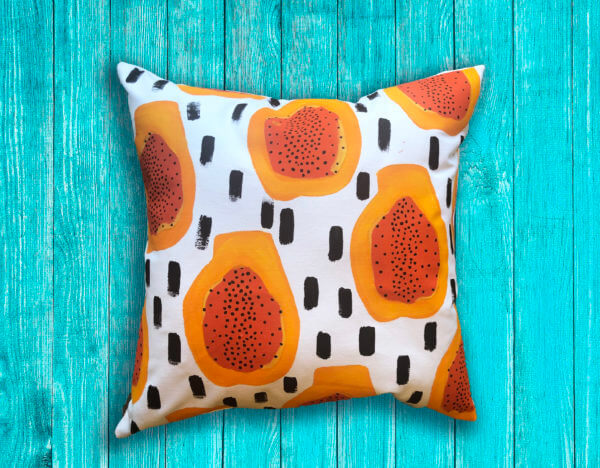 Cojín decorativo artesanal papayas