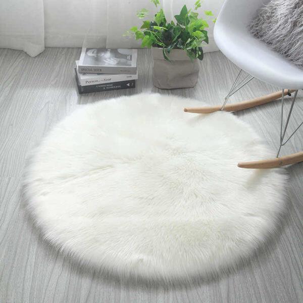 tapete negro redondo blanco peludo ebani