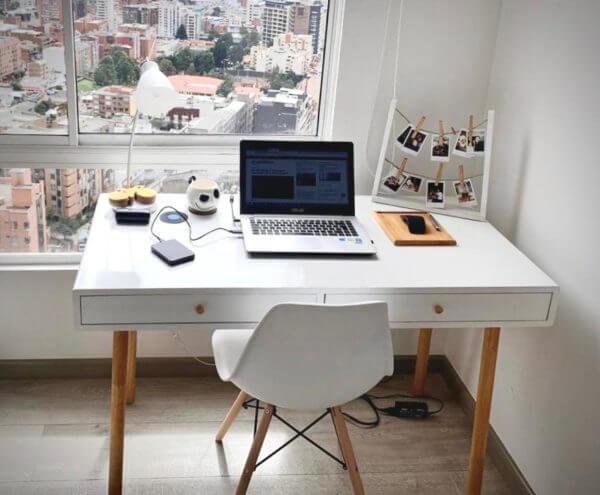 Escritorio moderno para pc o estudio color blanco nórdico