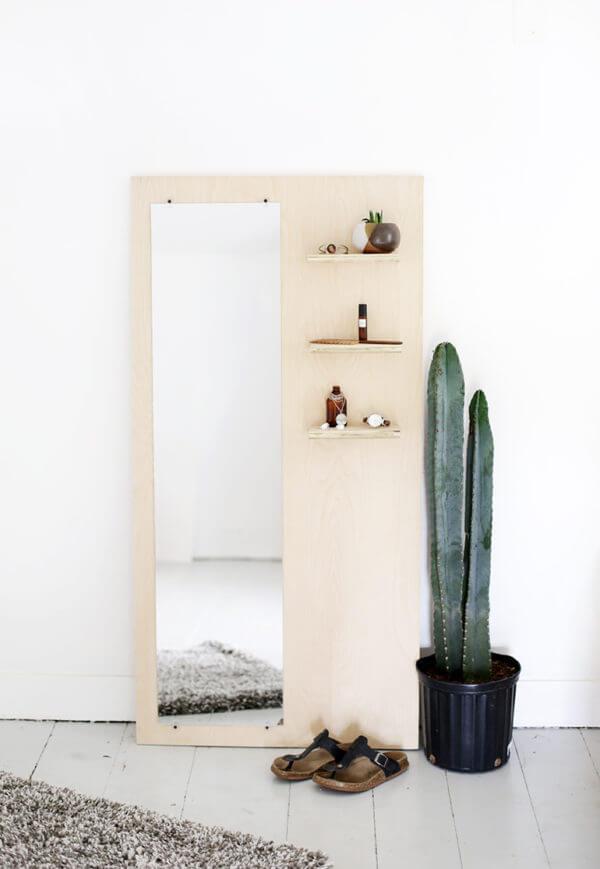 Espejo decorativo de cuerpo entero con repisa