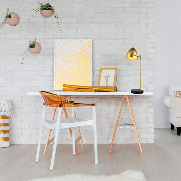 Lámpara de mesa albert dorada Ebani Colombia tienda online de decoración y mobiliario Lienxo