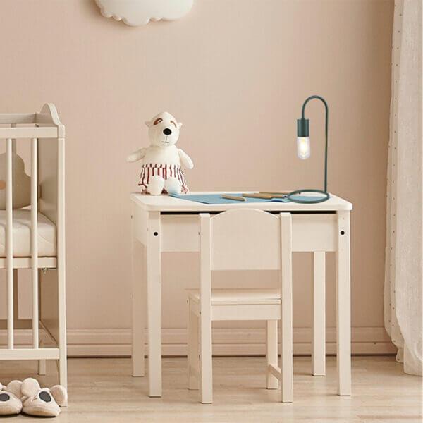 Lámpara de mesa praga verde militar Ebani Colombia tienda online de decoración y mobiliario Lienxo