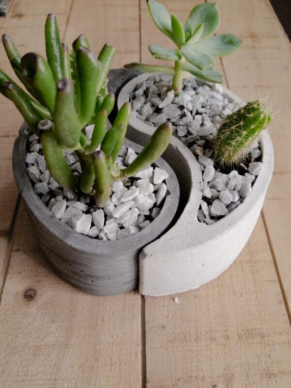 Mini jardinera Yin Yang Ebani Colombia tienda online de decoración y mobiliario Ornamental