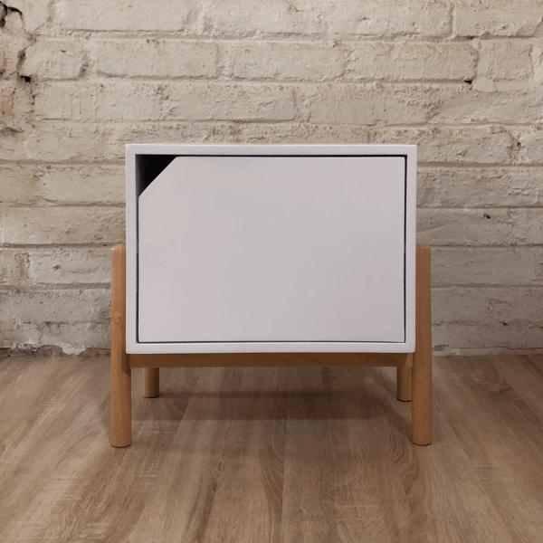 Mesa de noche o nochero nórdico Conti blanco con cajón blanco