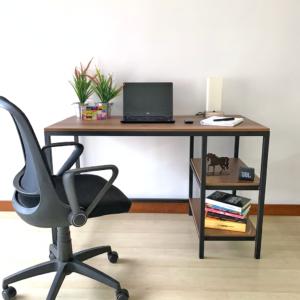 Escritorio moderno para pc o estudio toku Ebani Colombia tienda online de decoración y mobiliario Ferrum