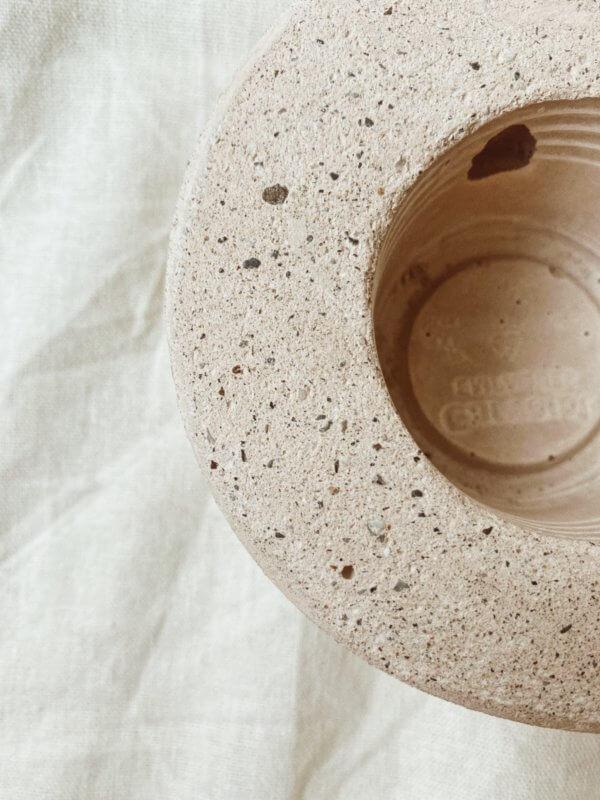 Matera de piso Electra Ebani Colombia tienda online de decoración y mobiliario Cristian paredes