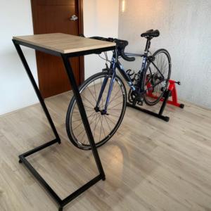 Mesa auxiliar bike mediana clara Ebani Colombia tienda online de decoración y mobiliario Ferrum