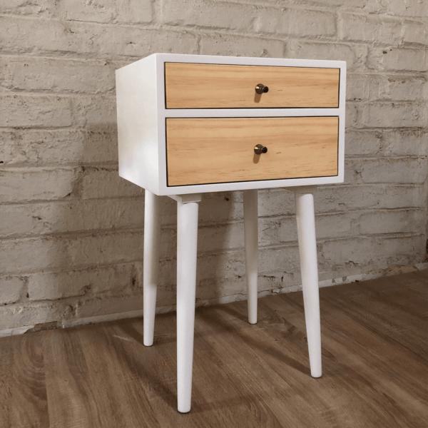 Mesa de noche o nochero nórdico minimalista Sara blanco con dos cajones en madera de pino
