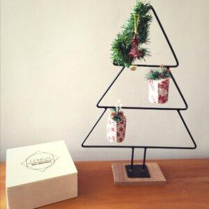 Árbol de Navidad con Adornos Rojos Ebani Colombia tienda online de decoración y mobiliario Ferrum
