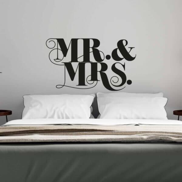 Vinilo Decoativo de Texto Mr & MRS