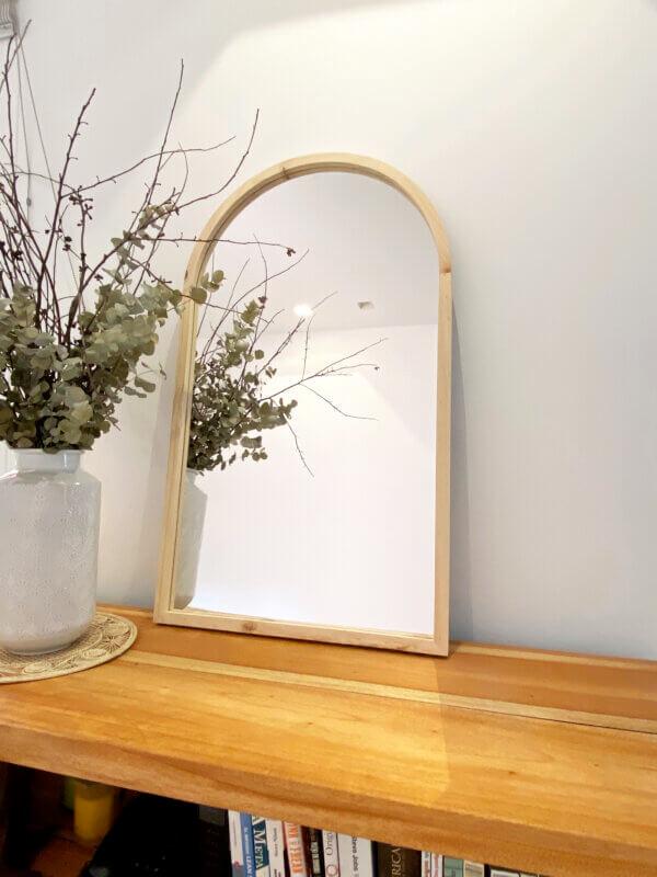 Espejo Decorativo con arco mesa Ebani Colombia tienda online de decoración y mobiliario Cozzy