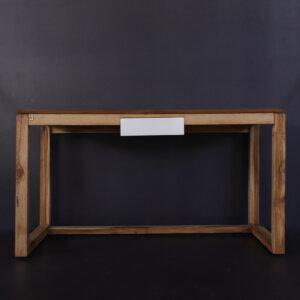 Escritorio Hella plus en madera maciza de nogal